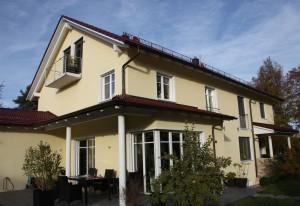 Doppelhaus mit Garagen Beitragsbild