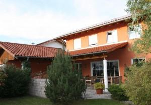 Einfamilienhaus mit Garage 2